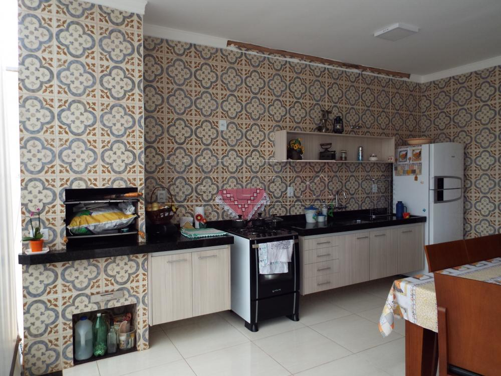 Comprar Casas / Padrão em Olímpia apenas R$ 450.000,00 - Foto 2
