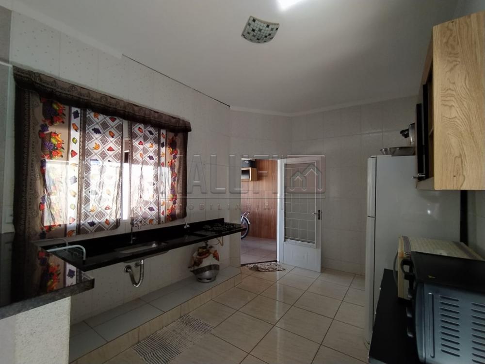 Comprar Casas / Padrão em Olímpia apenas R$ 300.000,00 - Foto 5