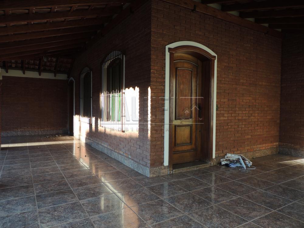 Alugar Casas / Padrão em Olímpia apenas R$ 2.500,00 - Foto 1