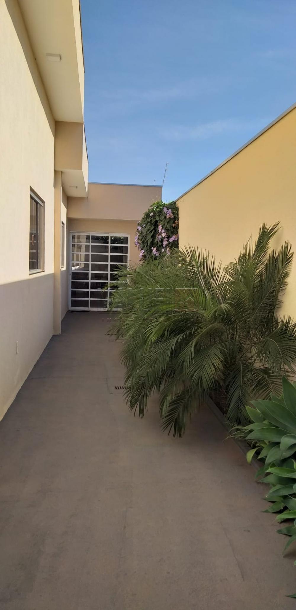 Comprar Casas / Padrão em Olímpia R$ 500.000,00 - Foto 4