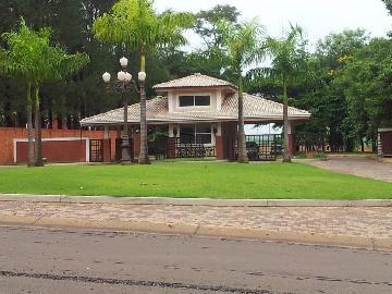Alugar Terrenos / Condomínio em Olímpia. apenas R$ 150.000,00