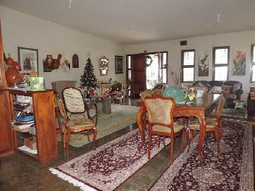 Alugar Casas / Padrão em Olímpia. apenas R$ 800.000,00