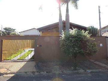 Alugar Casas / Mobiliadas em Olímpia. apenas R$ 1.500,00