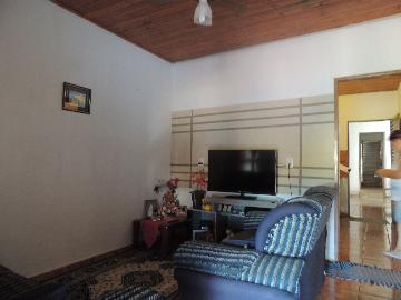 Alugar Casas / Padrão em Olímpia. apenas R$ 195.000,00