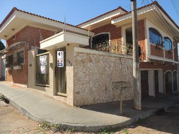 Alugar Casas / Padrão em Olímpia. apenas R$ 3.000,00
