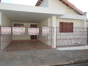 Alugar Casas / Padrão em Olímpia. apenas R$ 900,00