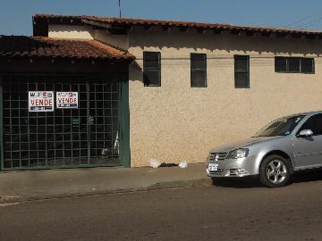 Alugar Casas / Padrão em Olímpia. apenas R$ 265.000,00