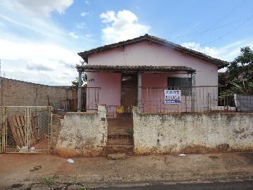Alugar Casas / Padrão em Olímpia. apenas R$ 600,00