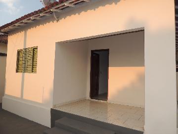 Alugar Casas / Padrão em Olímpia. apenas R$ 1.350,00