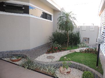 Alugar Casas / Padrão em Olímpia. apenas R$ 2.900,00