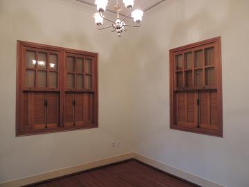Alugar Casas / misto em Olímpia. apenas R$ 2.000,00