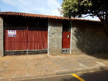 Alugar Casas / Padrão em Olímpia. apenas R$ 800,00