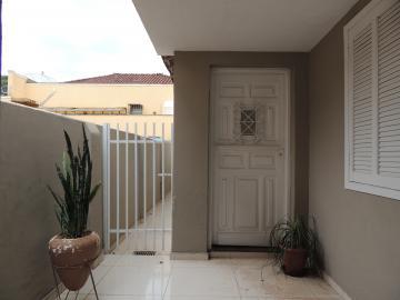 Alugar Casas / Mobiliadas em Olímpia. apenas R$ 1.800,00