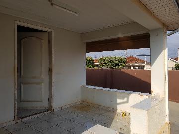 Alugar Casas / Padrão em Olímpia. apenas R$ 220.000,00