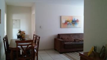 Alugar Apartamentos / Padrão em Olímpia. apenas R$ 650,00