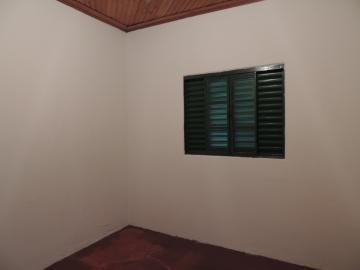Alugar Casas / Padrão em Olímpia. apenas R$ 550,00