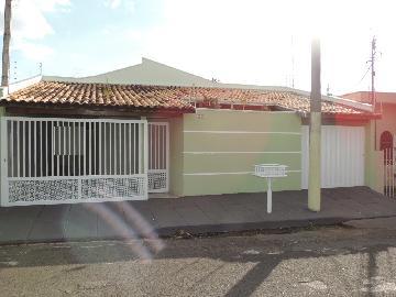 Alugar Casas / Padrão em Olímpia. apenas R$ 2.000,00