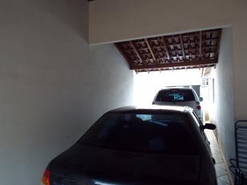 Alugar Casas / Padrão em Olímpia. apenas R$ 250.000,00