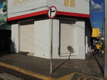 Alugar Comerciais / Ponto Comercial em Olímpia. apenas R$ 5.500,00