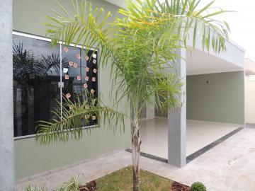 Alugar Casas / Padrão em Olímpia. apenas R$ 360.000,00