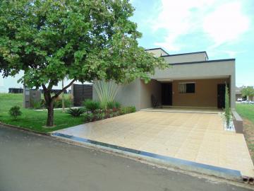 Comprar Casas / Condomínio em Olímpia. apenas R$ 510.000,00
