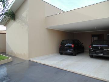 Alugar Casas / Padrão em Olímpia. apenas R$ 590.000,00