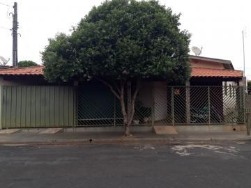Alugar Casas / Padrão em Olímpia. apenas R$ 165.000,00