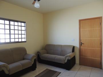 Alugar Casas / Mobiliadas em Olímpia. apenas R$ 1.600,00