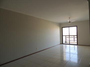 Alugar Apartamentos / Padrão em Olímpia. apenas R$ 1.500,00