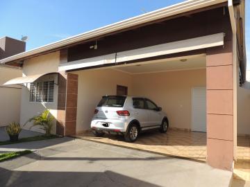 Alugar Casas / Padrão em Olímpia. apenas R$ 500.000,00