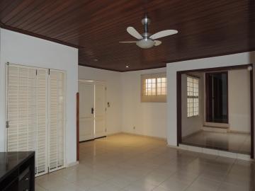 Alugar Casas / Padrão em Olímpia. apenas R$ 2.200,00