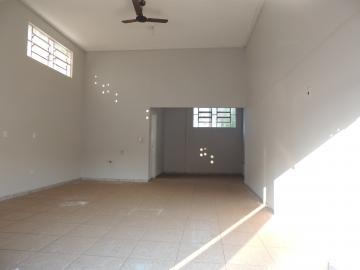 Alugar Comerciais / Sala em Olímpia. apenas R$ 850,00