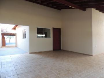 Alugar Casas / Padrão em Olímpia. apenas R$ 1.500,00