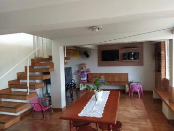 Alugar Casas / Padrão em Olímpia. apenas R$ 4.000,00