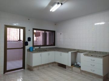 Alugar Apartamentos / Padrão em Olímpia. apenas R$ 410.000,00