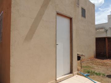 Alugar Casas / Mobiliadas em Olímpia. apenas R$ 700,00