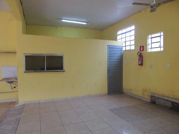 Alugar Comerciais / Sala em Olímpia. apenas R$ 840,00