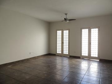 Casas / Padrão em Olímpia Alugar por R$1.800,00