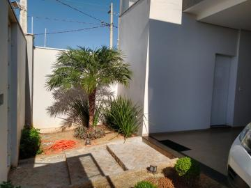 Alugar Casas / Padrão em Olímpia. apenas R$ 525.000,00