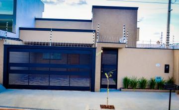 Casas / Padrão em Olímpia , Comprar por R$405.000,00