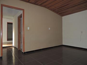 Casas / Padrão em Olimpia Alugar por R$1.300,00