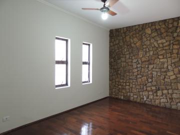 Casas / Padrão em Olimpia Alugar por R$1.800,00