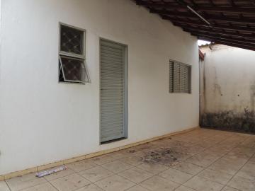 Casas / Padrão em Olímpia Alugar por R$680,00