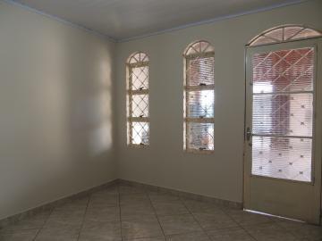 Casas / Padrão em Olímpia Alugar por R$900,00