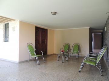 Olimpia Centro Casa Locacao R$ 7.000,00 5 Dormitorios 2 Vagas Area do terreno 800.00m2 Area construida 700.00m2