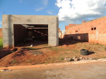 Casas / Padrão em Olímpia Alugar por R$800,00
