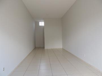 Alugar Comerciais / Sala em Olímpia. apenas R$ 660,00