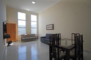 Alugar Casas / Padrão em Olímpia. apenas R$ 560.000,00