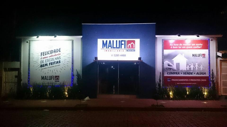 Imobiliária Malufi em Olimpia - Fachada a noite